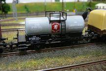 Železnice-nákladní vozy