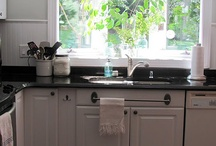 kitchens / by Jacqueline Farias