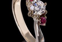Unique Engagement Rings Designer / Best and most unique Engagement Rings Designer selection from Pinterest, with special attention to design, craftsmanship and metal and stone color combination and creation period. Finest Contemporary jewelry selected by Jaume Labro jewelry designer.