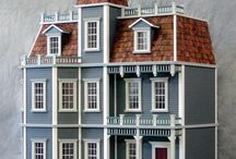 Dollhouses / Dollhouses and Miniatures