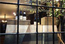 EM - Wine window displays / Window display designs for wine merchants retail shops.