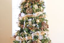 Christmas decor / by Maria Doan