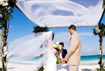 Playa Del Carmen Honeymoon & Wedding / Plan your honeymoon destinations at top luxurious hotels in Playa Del Carmen. Get best weddings arrangement from Acanto Boutique Hotels in Playa Del Carmen.