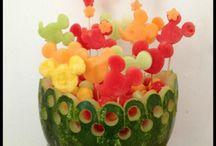 Escultura en fruta y verduras
