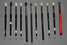 I need more brushes!!!