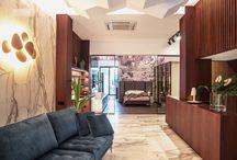 Showroom Lieben / Lieben es un showroom de interiorismo que ofrece soluciones con personalidad, belleza y innovación para los amantes del buen gusto, la calidad y la excelencia.