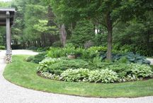 Circular front driveway landscaping