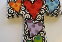 Cruces y corazones