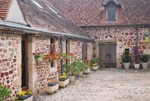 Auvergne/ Rhône-Alpes - Chambres d'hôtes et gîtes . / Chambres  d'hôtes  et gîtes Auvergne , Chambres  d'hôtes  et gîtes Rhône-Alpes , Fleurs de Soleil France