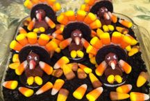 Chocolate Thanksgiving / Chocolate Thanksgivings are the best Thanksgivings. Enjoy these chocolate Thanksgiving creations, with some homemade chocolate stuffing and chocolate cranberry sauce.