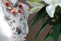 Avenio designer jewelry and fashion accessories / Nature, Art, Fashion, Colors... inspire us to create our pieces. Exclusive designer jewelry and fashion accessories. Wait for you on http://www.avenio.es