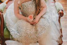 Bridesmaids and Flower Girls / #Bridesmaids #Flowergirls #WeddingParty