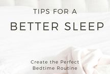 Sleep Tips / Tips and tricks for getting a better sleep including falling asleep faster, sleeping longer, feeling refreshed when waking, sleeping with depression and anxiety. Aimed for women.