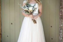 Elegant in white / Model: Megan Knoetze Photography: Arline Photography Make-Up: PRO-Face by Zanelda Flowers: Anubel Flower & Event Designer Stationary: Design Love Venue: Venue novaou Dress: Werner Dey
