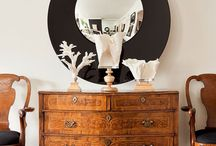 Antique furniture mixed with modern decor / A mix of antique and contemporary furniture and decor