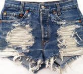 DIY Cut Off Shorts / Learn how to save money and make your own cut off shorts