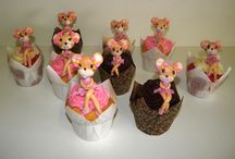 Cupcakes / A variety of cupcakes that we have made