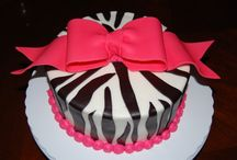 Cake Stuff / by Jessica {Chic Sugar}
