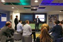 Exkursion zur Detecon / 22 Studierende der Hochschule für Telekommunikation Leipzig (HfTL) folgten Anfang Dezember im Rahmen einer Fachexkursion der Einladung der Detecon International nach Köln. In einer Mischung aus Vorträgen und Workshops lernten die Studierenden die Arbeitsweise der Detecon International kennen.