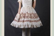 My Lolita Wadrobe / Lolita pieces I actually own