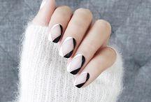 minimalism nails