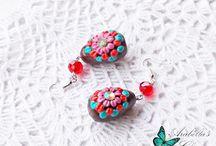 Orecchini pendenti con miniature Uova di Pasqua al cioccolato fatte in fimo