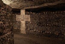 Catacombe, cimiteri, fosse comuni, cappelle
