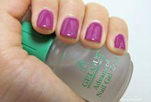 Nails / by Chrissy Trenda