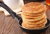 pancakes και ψωμί για πρωινο