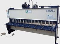 Hydraulic Shearing Machine Manufacturers and suppliers / Hydraulic Shearing Machine - iPan Machineries India is a leading manufacturers, exporters,   wholesalers,distributors, traders and suppliers of high quality Hydraulic Shearing Machine,   Hydraulic Angle Shearing Machine.
