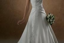 wedding dresses / by Deanne Heaton