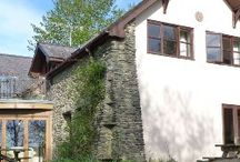 Group Accommodation / Group Accommodation can be perfect for visits, holidays or activities to Wales by organisations, a group of friends or large families.