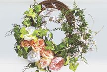Spring and Easter Décor / Get ready for spring with bright and festive décor! Add an Easter wreath or statue to brighten up your home or your own Easter Bunny. Choose from a variety of seasonal decorations at wards.com.