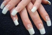 curvy nails