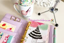 Girlie Office / Decorate your planner with any paper you want!