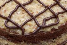 Cakes / by Belinda Huddleston Bullion