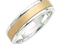 Handmade Wedding Rings / The stunning handmade wedding rings from King of Jewelry are highly customizable, with different options for desired size, finish, and gold color (white or yellow).