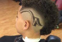 Bosse Cuts hair