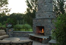 Backyard Retreats / Excitting outdoor living spaces to turn your backyard landscape into an outdoor living retreat.