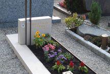 Memorial headstones