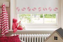 Vaikų kambario langų uždengimai / Ar kurdami vaikų kambario interjerą jam stengiatės suteikti papildomo žaismingumo? Rinkdami roletus atsižvelkite į pasirinktą kambario dizainą ir įtraukite mažylį į šį smagų procesą!