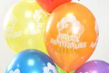 JOYEUX ANNIVERSAIRE / Vous trouverez tous les accessoires indispensables pour un anniversaire réussi ! Les bougies de gâteau mais aussi toute la déco de table.