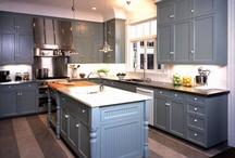 kitchens I love / by hallie mccoy