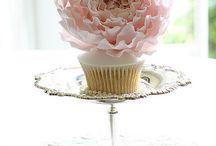 Beautiful desserts / by Julie Monzon-Parsons