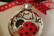 Crafts and Gift Ideas / by Laurie Baggott