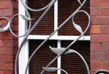 window lovely guard