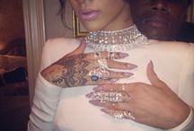 Robyn / Evolution of Rihanna