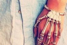 Skulls, Rings & Bracelets