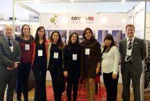 """Salón Inmobiliario Uruguay Real Estate 2015. / #SALONINMOBILIARIOURUGUAY2015, #COVELLOINTERNATIONAL, #KIBON, #URUGUAYREALESTATE, #REALESTATE, #COVELLOINTERNATIONAL, #REALESTATE, #CONGRESO, #CONGRESOURUGUAY, #FEELURUGUAY, #LOVEURUGUAY, #DISERTACION, #ALEJANDRACOVELLO,  #CONGRESOYEXPOSICIONINMOBILIARIA, #KIBON Hoy estamos presentes en el Salón Inmobiliario Uruguay Real Estate 2015 en el Centro de Convenciones Kibon en Montevideo.- Disertará la Dra Alejandra Covello a las 14:30 sobre """"MOTIVACIÓN"""".-"""