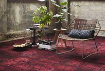 Bonaparte Vintage / Tapijtcollectie Vintage heeft een vintage look met vervaagde klassieke dessins, en is daarom toe te passen in diverse woonstijlen. Maak je eigen kleed op maat of ga voor groots met een kamerbreed tapijt.